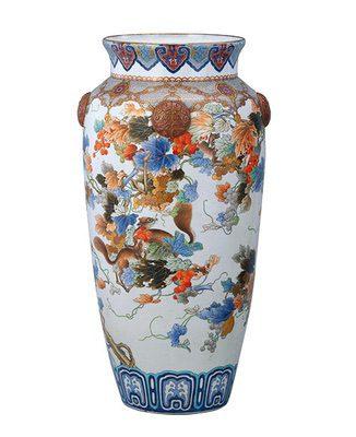 《色絵葡萄栗鼠図花瓶》