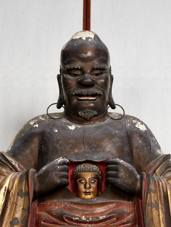 十八羅漢坐像のうち羅怙羅尊者